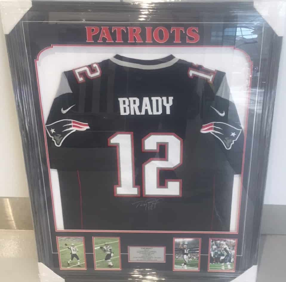 best service 103d3 bc1af NFL – Tom Brady Signed And Framed New England Patriots Jersey